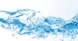 minum-banyak-air-putih-melancarkan-pernapasan-pada-manusia