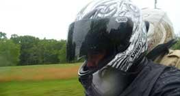 pilih-helm-yang-tepat-agar-aman-dan-nyaman-diperjalanan