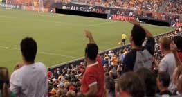 Asuransi Penyelenggara Pertandingan dan Suporter Sepak Bola