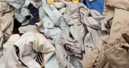 Tumpukan Cucian Pakaian Kotor Dan Bahayanya Bagi Kesehatan