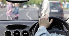 hindari-selap-selip-saat-berkendara,-kunci-liburan-irit-dengan-mobil-pribadi
