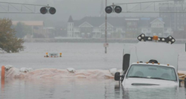 kejutan-banjir-tahun-baru-1-januari-2020-yang-membuat-aktivitas-ekonomi-lumpuh-